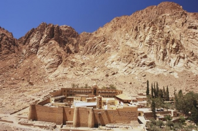 Day Tour to St. Catherine Monastery by coach