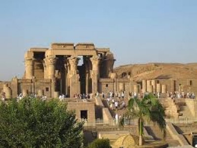 Day Tour to Edfu and Kom Ombo Temples from Luxor